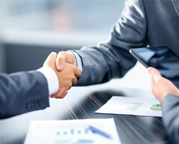 ۸ تکنیک حرفه ای فروش که فروشنده های حرفه ای به کار می گیرند